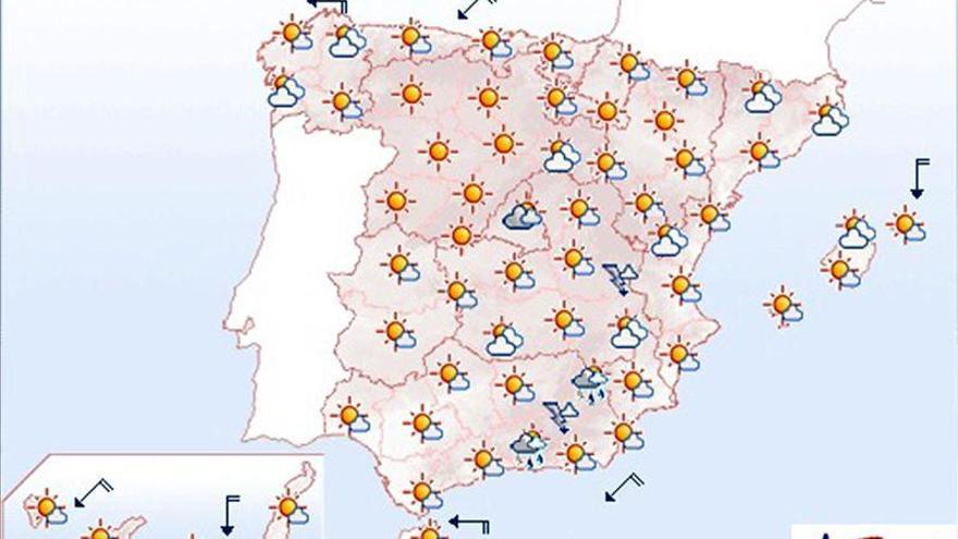 Mañana, chubascos en Cataluña y Andalucía y despejado en el resto de España