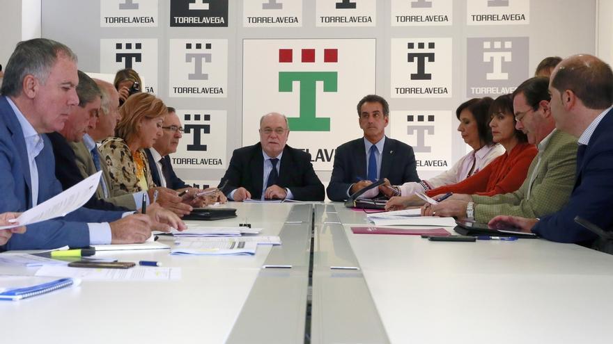 La Mesa del Besaya solicitará al Gobierno central la declaración como Zona de Urgente Reindustrialización
