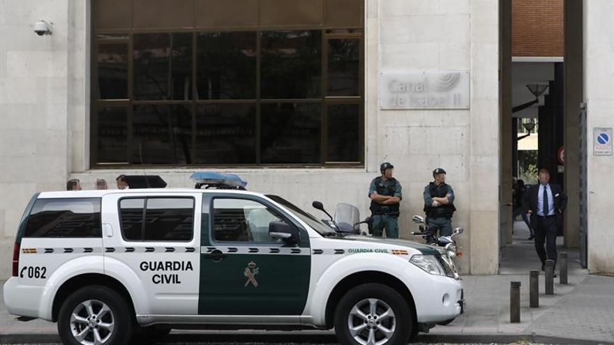 Doce detenidos por corrupción en el Canal, incluidos Ignacio González y su hermano