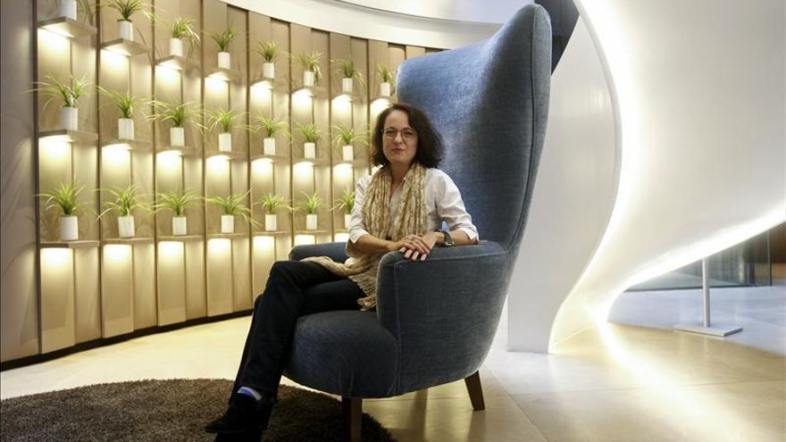 """Marta Sanz cree """"profundamente"""" que la literatura puede cambiar el mundo"""