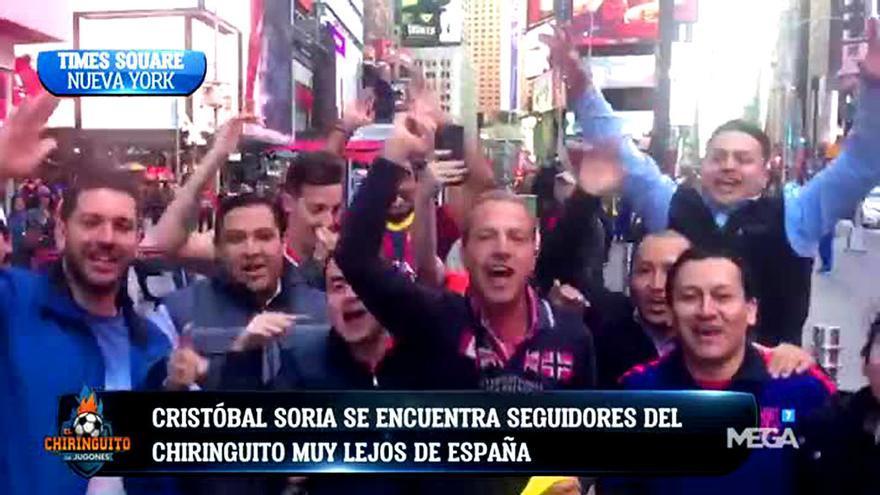 """Cristóbal Soria desata la locura en Times Square al grito de """"¿dónde está CR7?"""""""