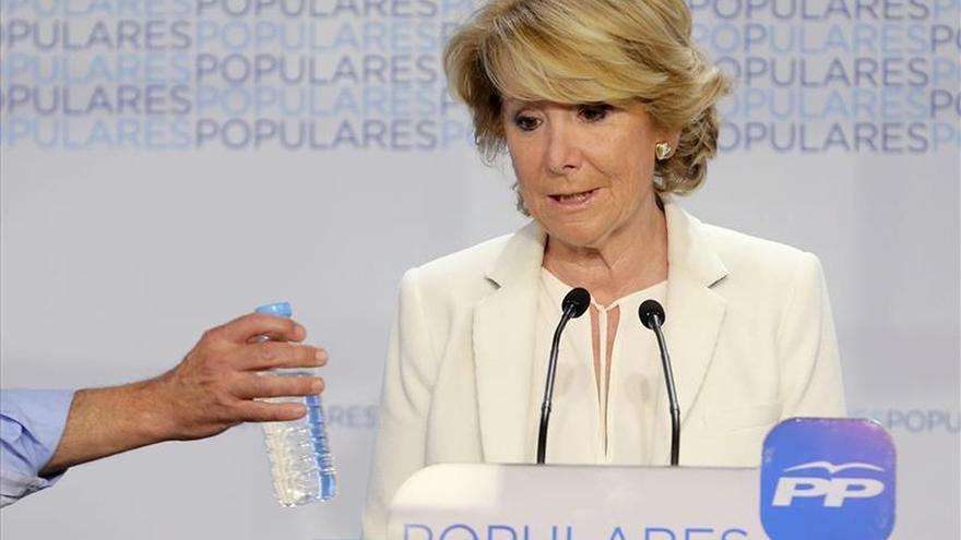 """Aguirre ofrece un acuerdo a PSOE y C's y dice que ella no será un """"obstáculo"""""""