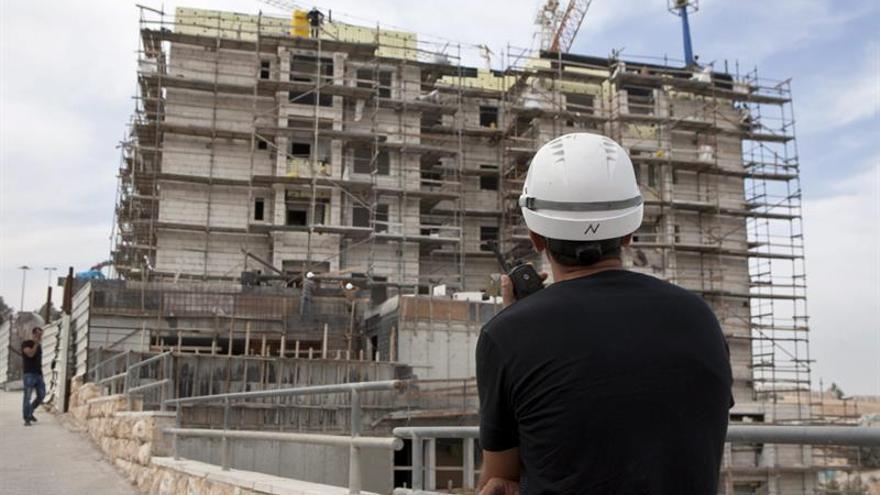 La compra de viviendas cae un 7,9 % en julio por primera vez en el año