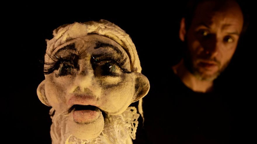 Los títeres se convierten en los protagonistas durante un fin de semana en Santillana del Mar.