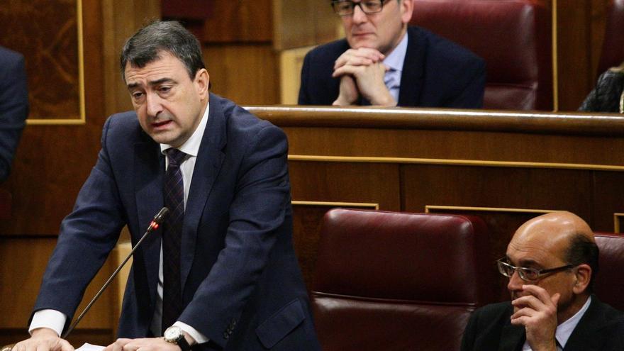 """El PNV exige """"una explicación clara"""" de la Fiscalía sobre el episodio en torno al fiscal del caso"""