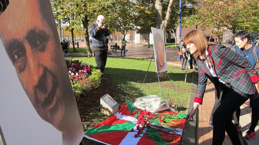 PSE se suma, por primera vez, al homenaje anual a Santi Brouard celebrado en Bilbao