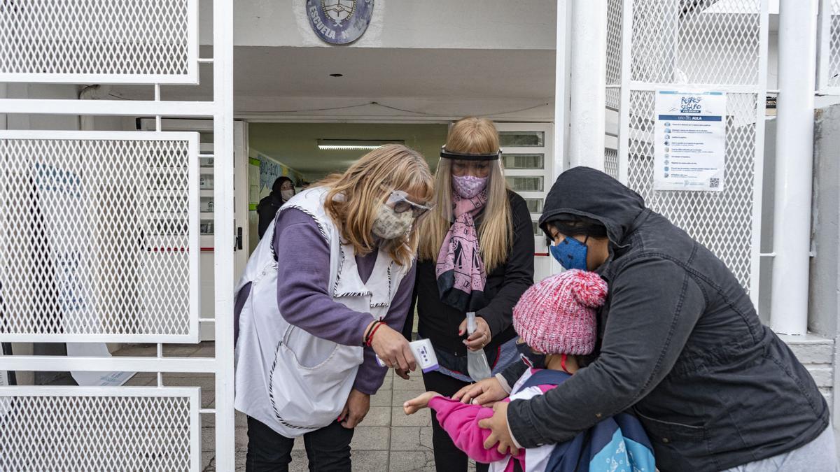 La Provincia de Buenos Aires definió el protocolo para el regreso de la presencialidad a partir del lunes