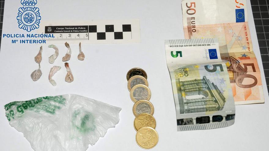 Detenido un hombre por la venta de heroína y crack en Telde.