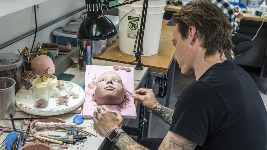 Mcmullen se implica personalmente en el diseño de cada muñeca (Imagen: RealDoll)
