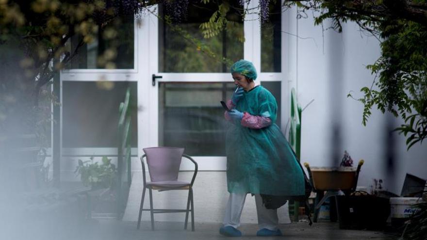 Más de 100 residentes y empleados contagiados en un centro de mayores gallego