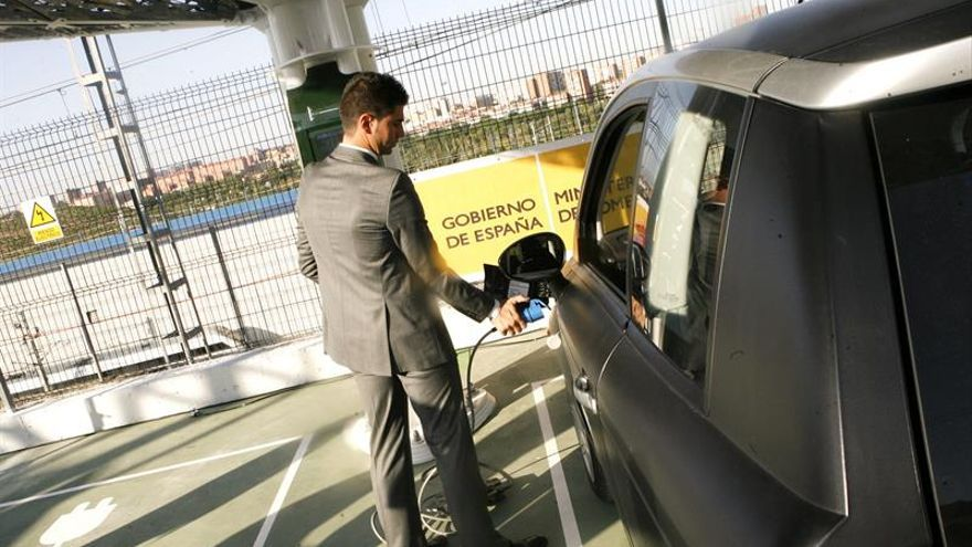 Cataluña se queda rezagada en la venta de coches eléctricos respecto a Madrid