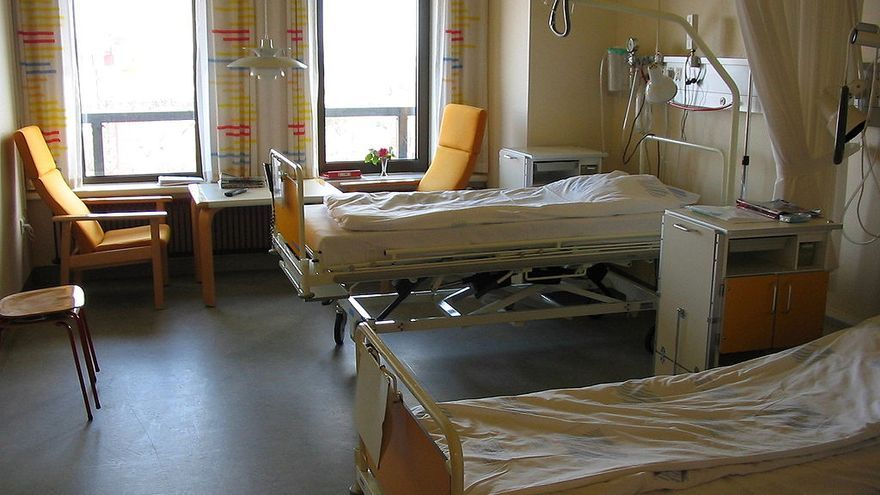 Habitación de un hospital. \ Tomasz Sienicki, Wikimedia Commons.