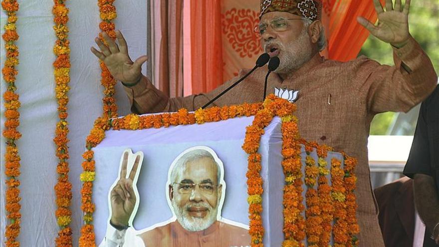 Narendra Modi ofrece un discurso en Himachal Pradesh en el norte de la India.