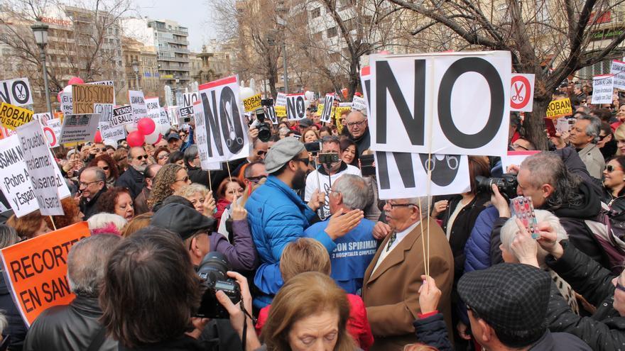 Sexta movilización contra la fusión hospitalaria en Granada