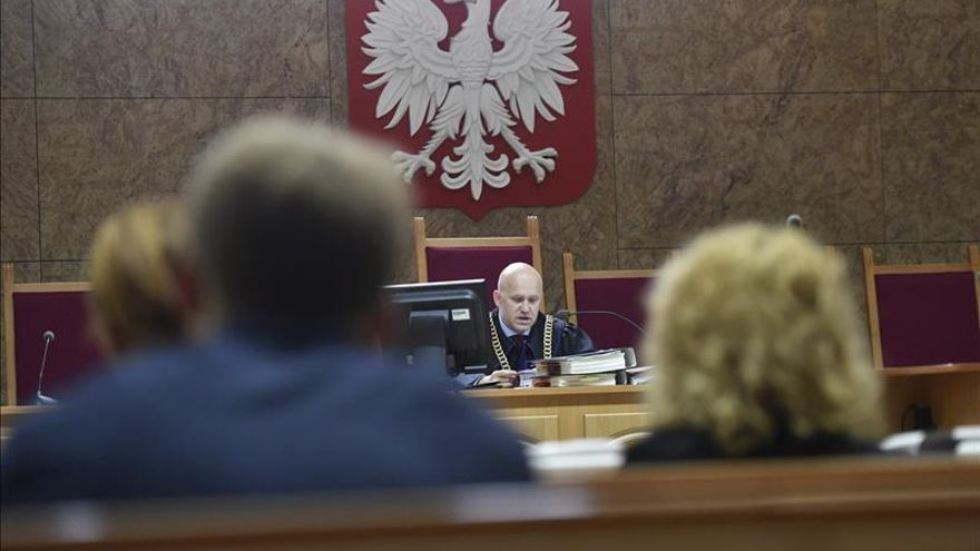 Aplazan hasta septiembre la vista polaca por la extradición de Polanski