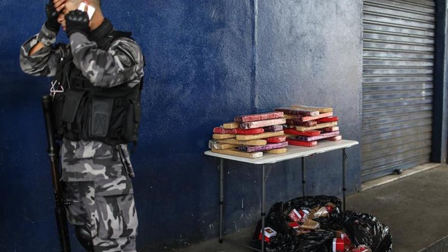 Guerra en las favelas de Río de Janeiro deja 15 muertos en tres días