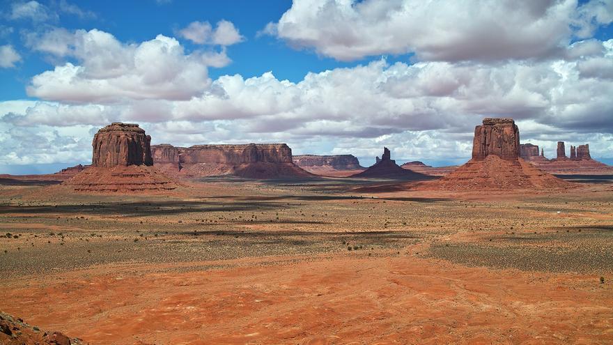 Artists Point. Desde aquí se obtiene una de las panorámicas más impresionantes de Monument Valley. carlfbagge