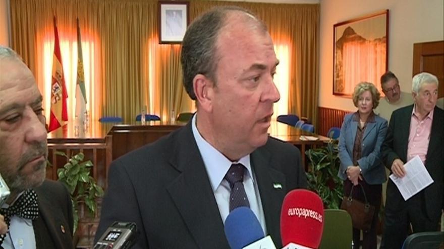 """Monago replica a Vara que """"quien se tenía que haber ido era él después de perder las elecciones como las perdió"""""""