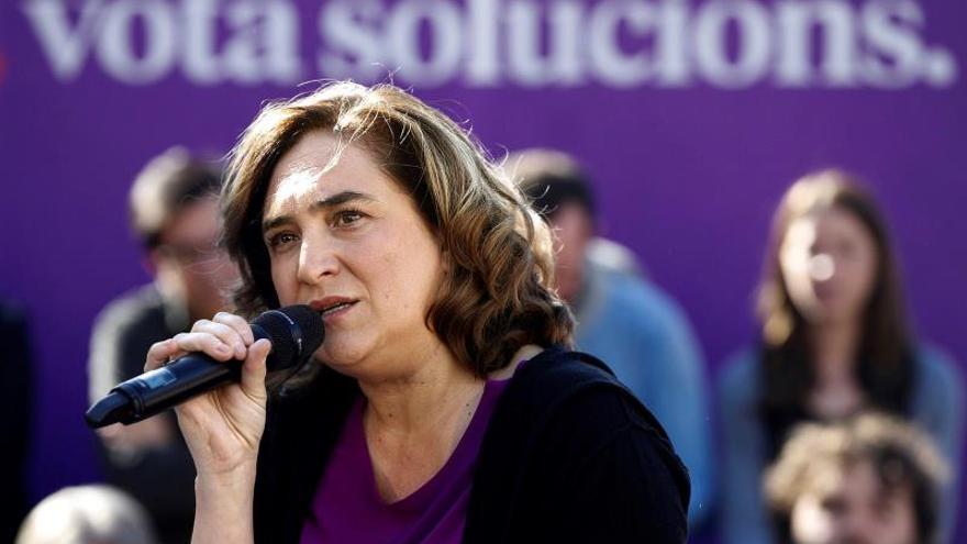 Colau espera que el acuerdo PSOE-Podemos abra una nueva etapa de diálogo