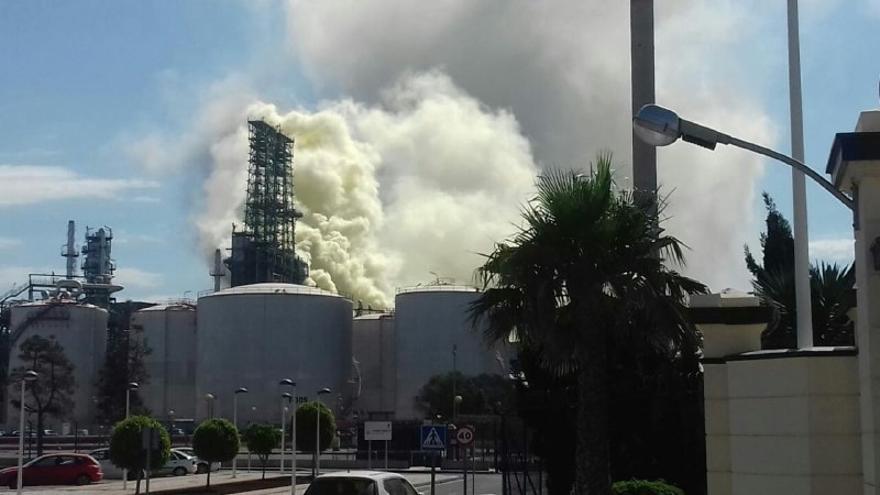Accidente en la refinería de Repsol en el Valle de Escombreras (Cartagena)