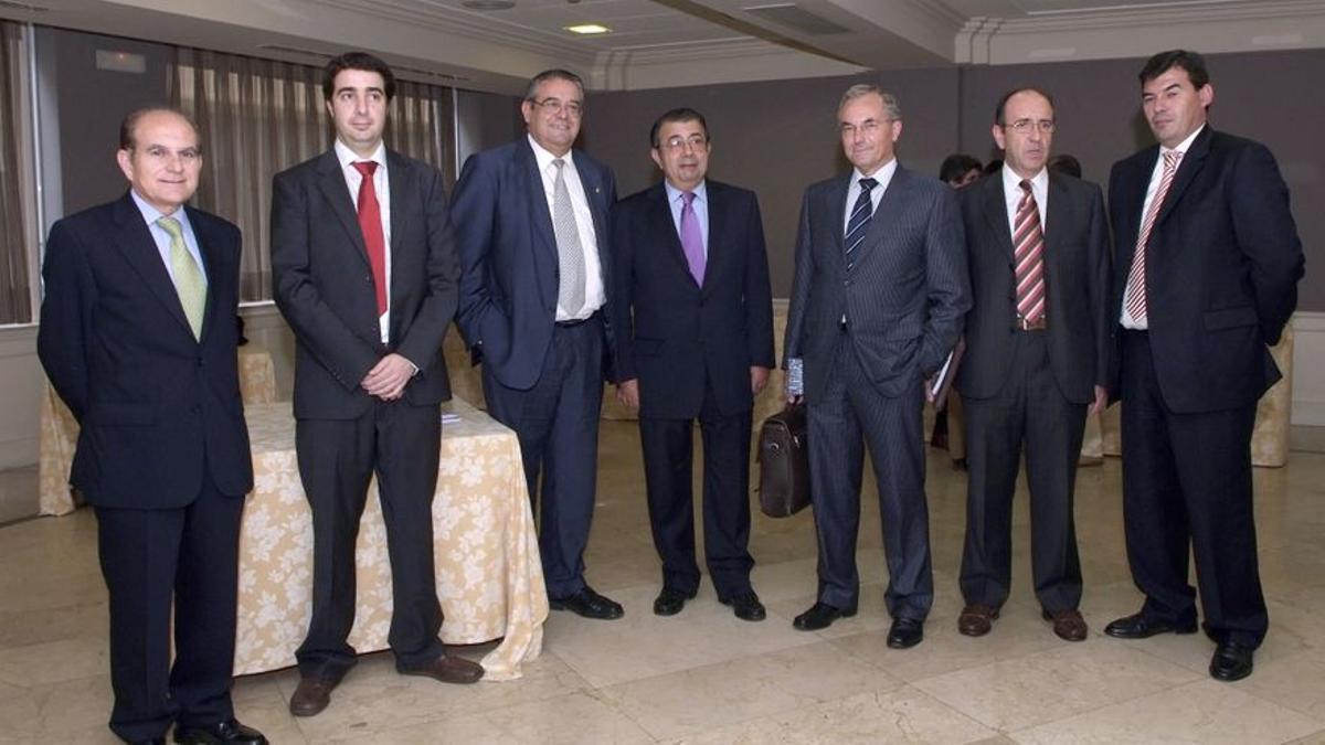 Felipe Espinosa, a la derecha, en un acto organizado por la Generalitat Valenciana y la Fundación Gas Natural.