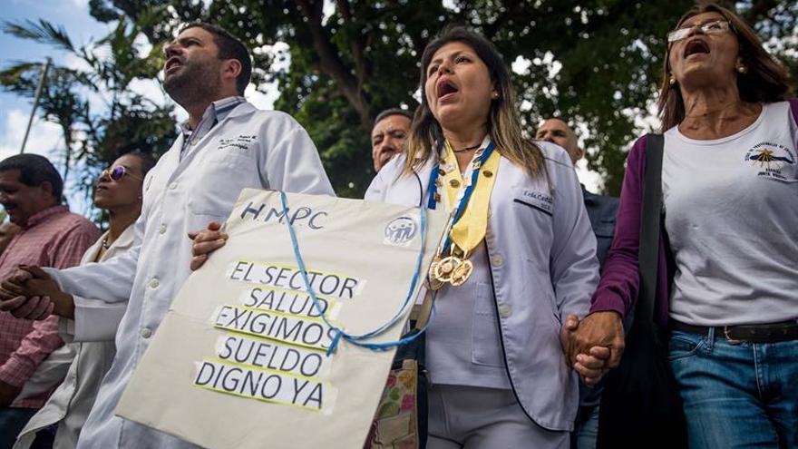 Enfermeras venezolanas denuncian destituciones y anomalías en hospitales