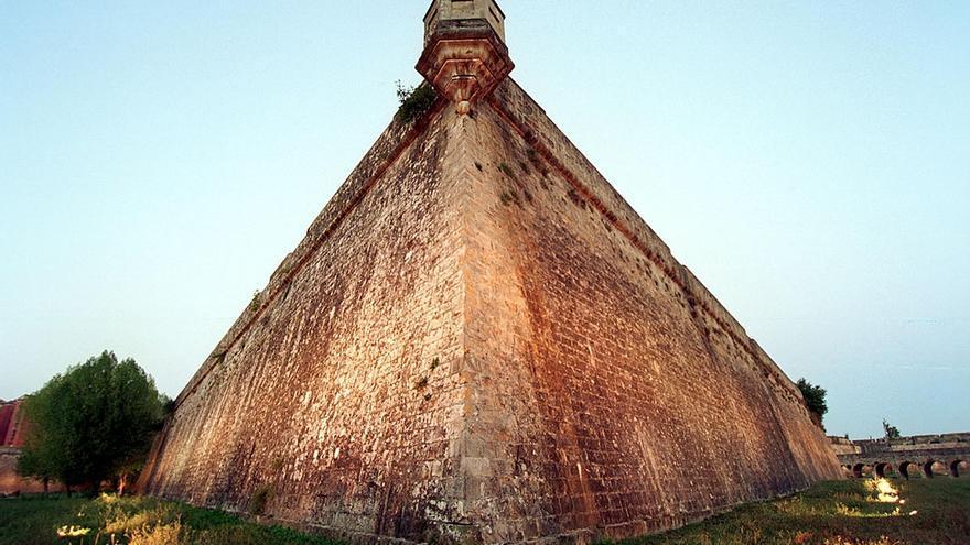 S.Pamplona ofrece visitas guiadas a la ciudad histórica y sus fortificaciones