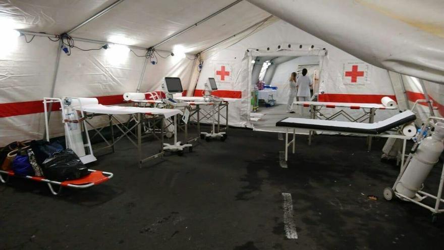 Interior del hospital de campaña del centro sanitario de la Candelaria, para atender de forma provisional las urgencias