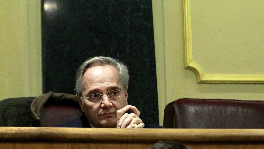 El ex diputado del PP Pedro Gómez de la Serna, en su escaño del Grupo Mixto durante el debate de investidura del 2 de marzo de 2016.