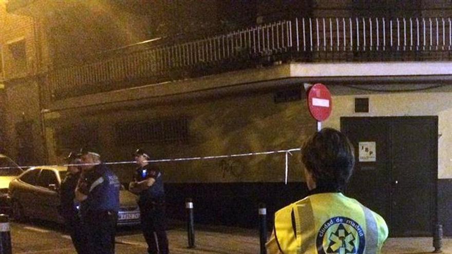 Muere una mujer tras recibir un disparo en la cabeza en Puente de Vallecas