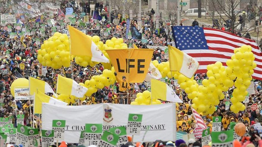 Una misa y una marcha multitudinarias piden el fin del derecho al aborto en EE.UU.