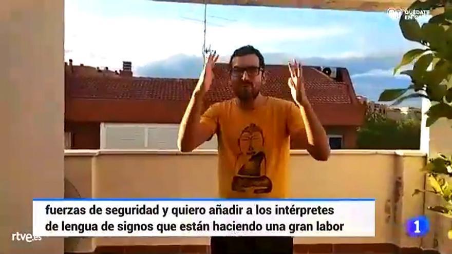 TVE rindió homenaje a los intérpretes de lengua de signos en 'el aplauso de las ocho'