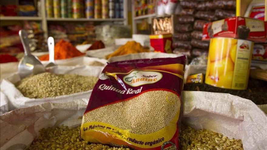 Bolivia pone en funcionamiento la primera planta mundial de leche de quinua