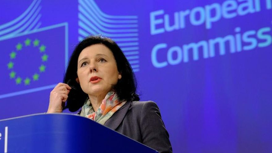 """La CE cree que Alemania actuó """"de acuerdo a las reglas"""" respecto a la euroorden"""
