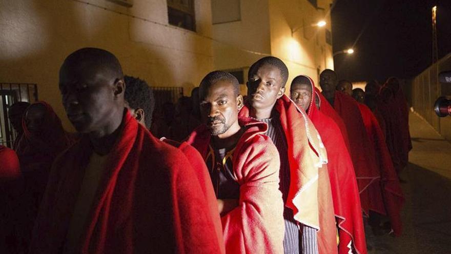 Llegan en buen estado los 89 inmigrantes rescatados en aguas de Alborán