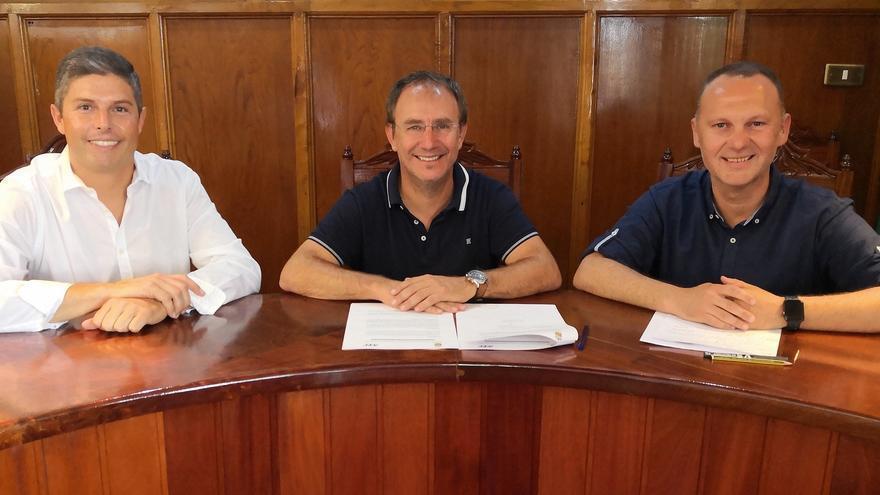 Pablo Pais (i), Sergio Rodríguez y Omar Hernández.