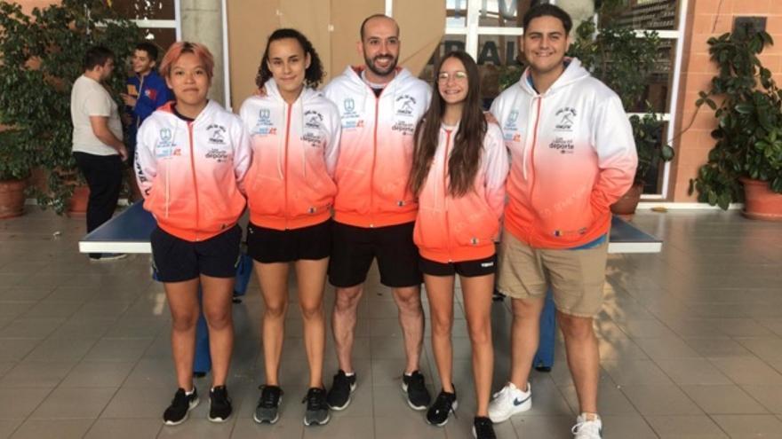 El tenis de mesa de La Palma tuvo una nutrida participación en Villena.