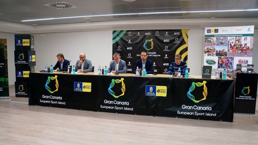Acto de presentación de la décima edición del Cajasiete Gran Canaria Maratón.