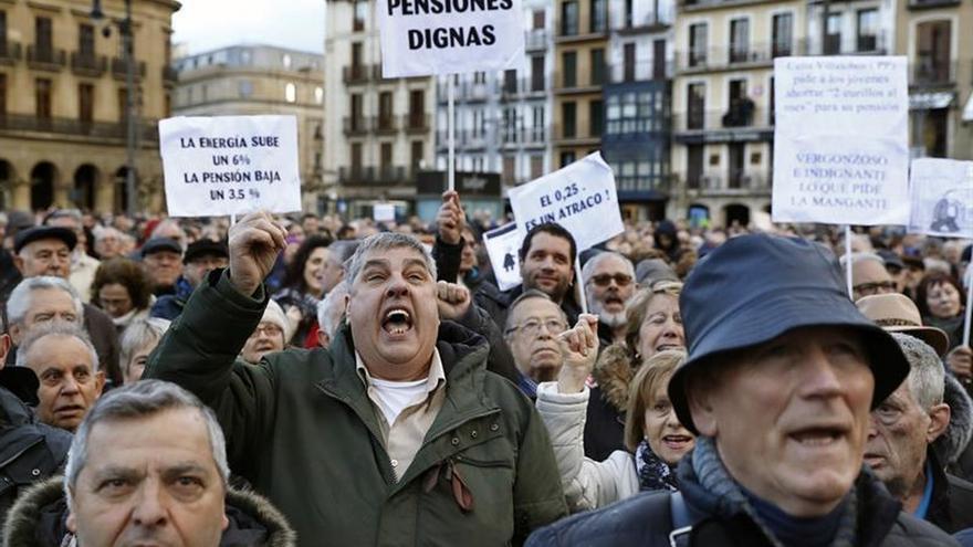 El PP pide al resto de partidos que no hagan política con las pensiones