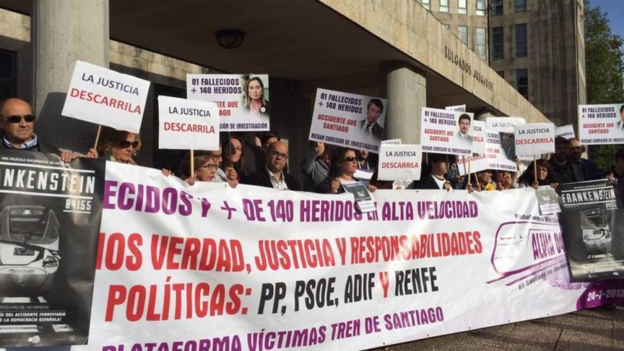 Víctimas del Alvia, ante los juzgados de Santiago
