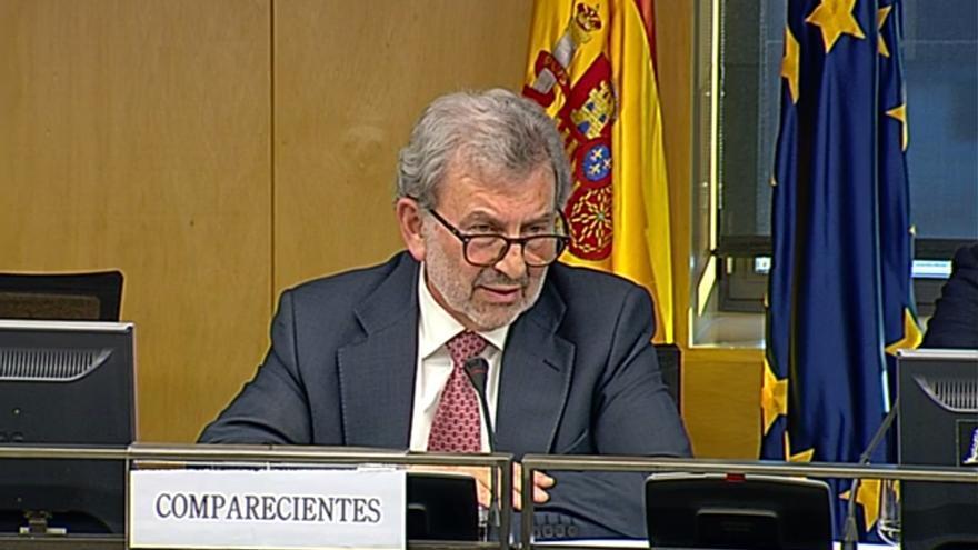 Antonio González Marín, presidente de Adif con PSOE cuando se construyó e inauguró la línea