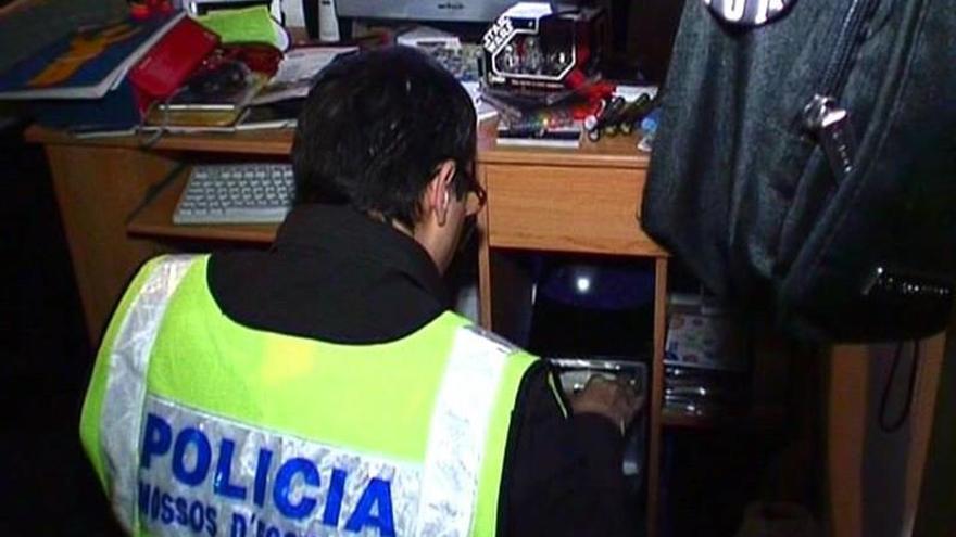 Encarceladas dos mujeres por posesión de pornografía infantil en Barcelona