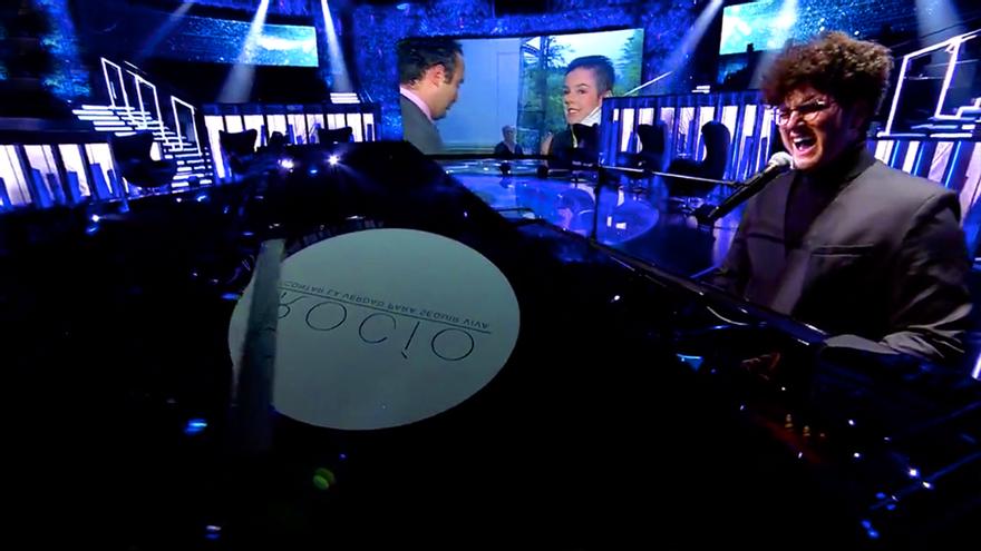 """El representante de Suiza en Eurovisión se disculpa tras criticar a Telecinco: """"La productora me ha dado explicaciones"""""""