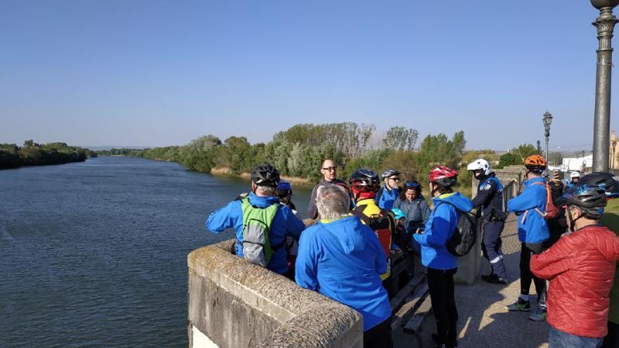 Los participantes en la Marccha del Ebro denuncian la problemática de los ríos y sus cuencas