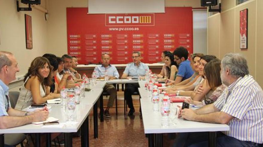 Imagen del encuentro entre las comisiones ejecutivas de UGT-PV y CCOO PV