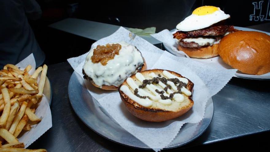 Cuatro españoles, detrás de las mejores hamburguesas de Nueva York