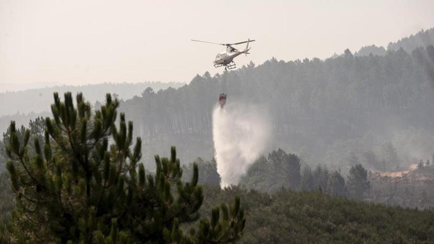 Extinguidos tres incendios de 247 hectáreas en Orense y sigue uno controlado