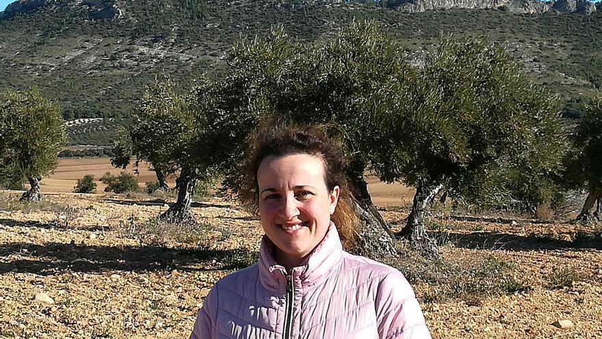 María Ángeles Rosado en sus terrenos