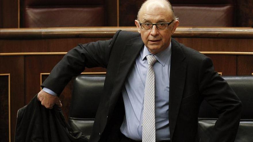 CiU pedirá que el ministro de Hacienda explique la negativa a relajar el objetivo del deficit de las CCAA