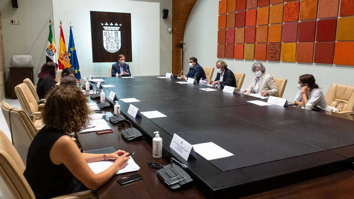 El Consejo de Gobierno reunido en la mañana de este miércoles.